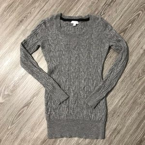 A pea in the pod maternity lightweight sweater